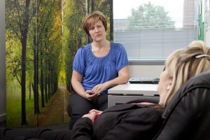 Feel Better with Comfortable and relaxing hypnotherapy, training in Watford